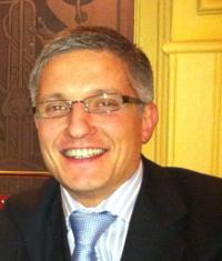 Dr. Rafael Alonso González - 39397